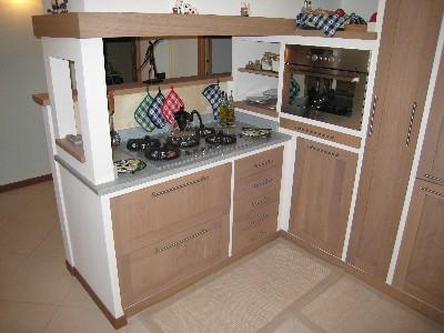 Mobilificio Zaniolo: Cucina in muratura rov.sbiancato